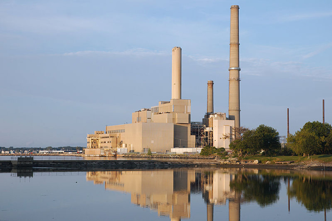 Power plant emissions down 47% under the Regional Greenhouse Gas Initiative » Yale Climate Connections