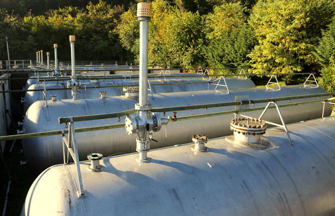 Methane tanks