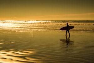 050715_surfer