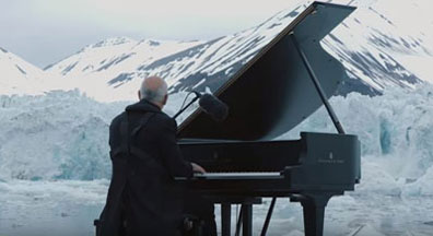 Einaudi playing piano image