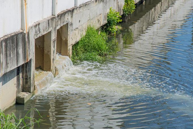 Sewage outlet