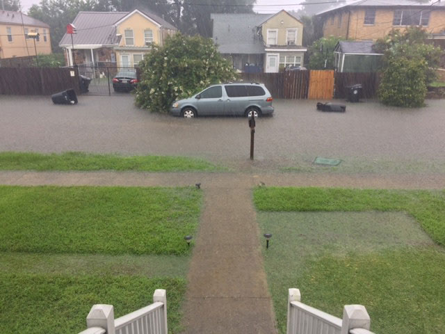 Gentilly neighborhood flooding