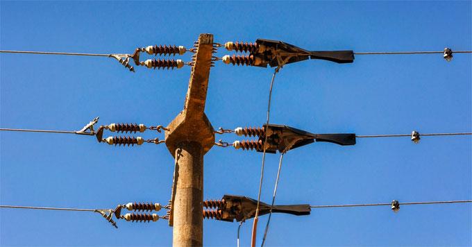 Voltage wires