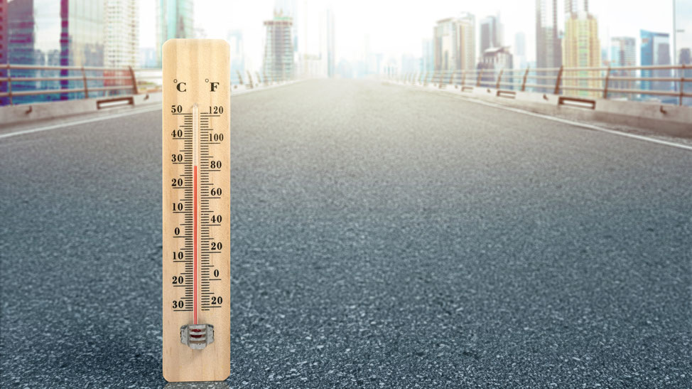 Thermometer on road