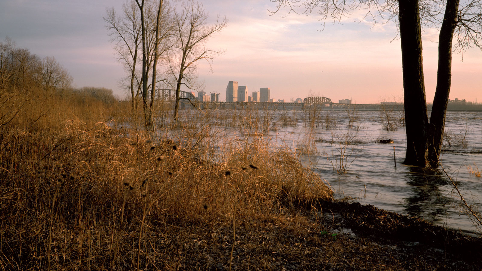 Ohio River riverside